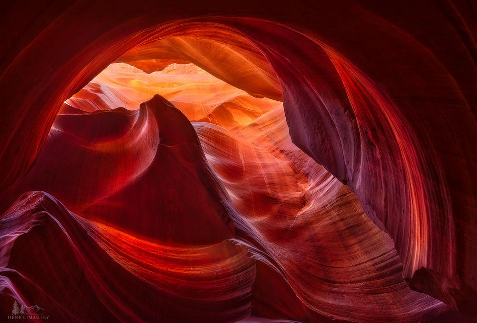 Upper Antelope Canyon, Arizona, slot canyon, sunglight, canyon, tonal variation, patterns